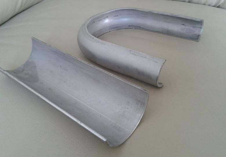 Elbow wear plate