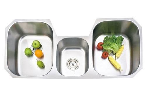 Triple bowls Stainless Steel Undermount Kitchen sink