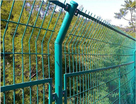 Hebei Triangle Bends Road Safety Fence C-shaped fencing