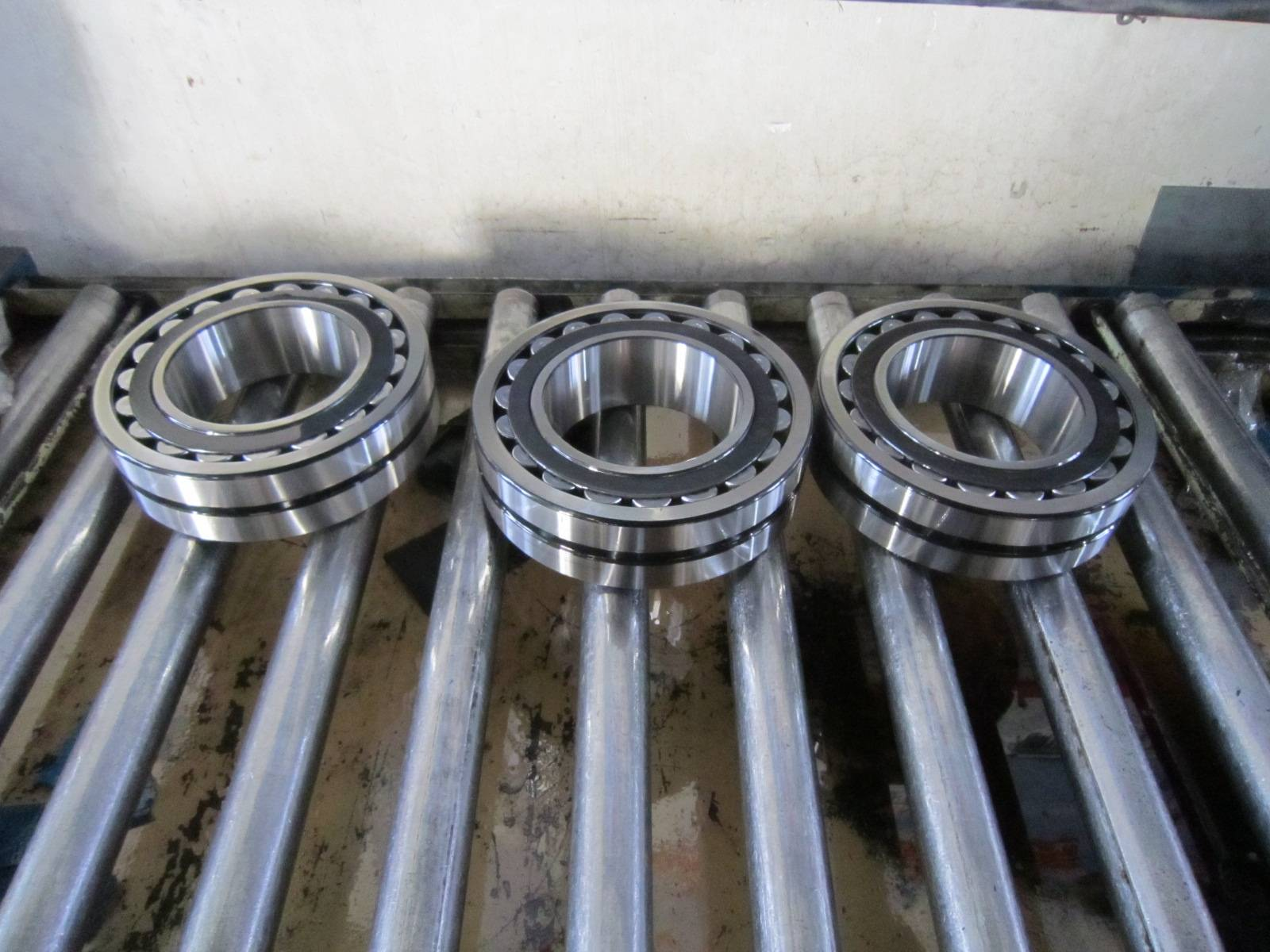 NNCF4922V, compact, rolling mill bearing, seal, cylindrical roller bearing