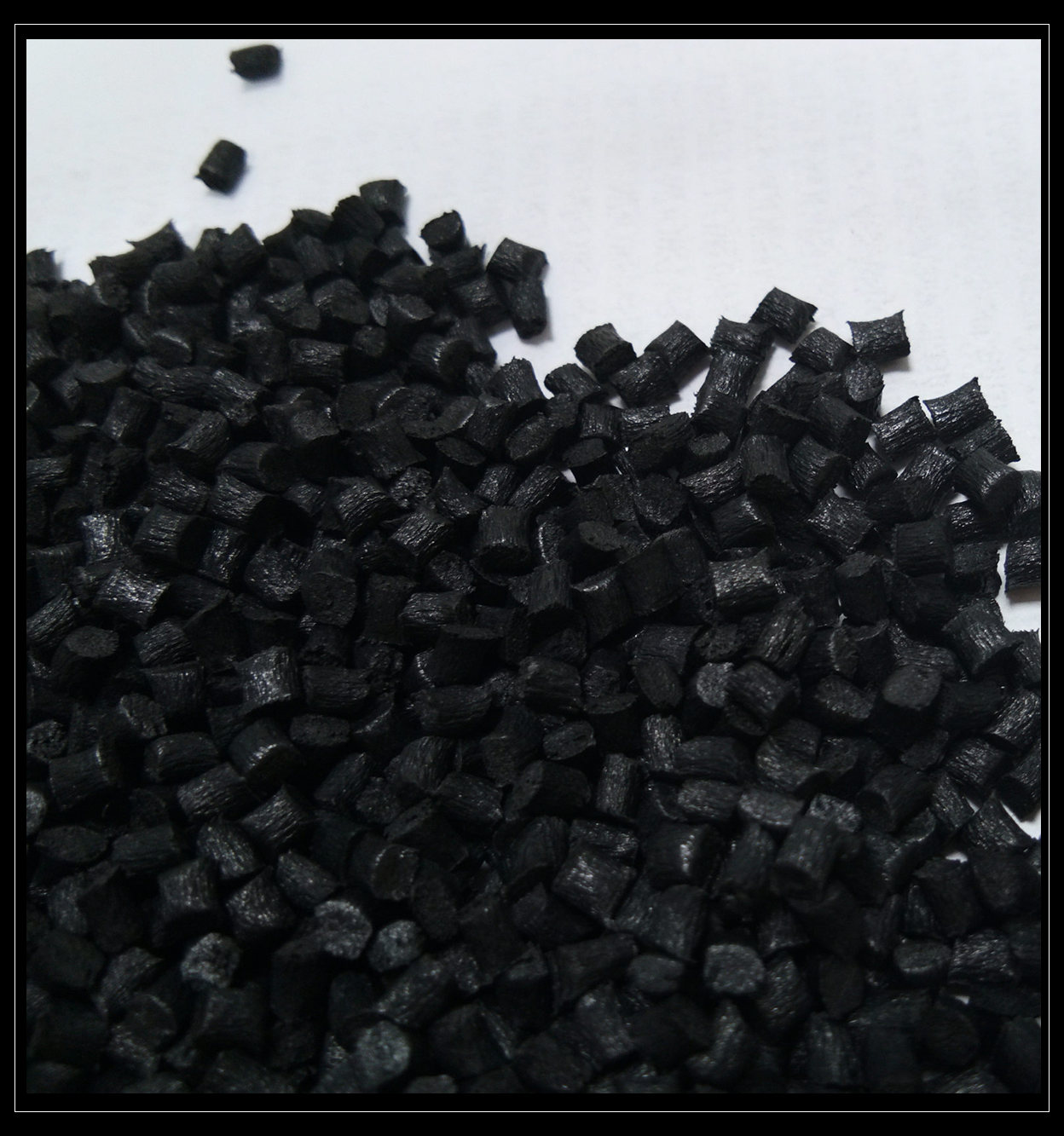 High performance modified Polyphenylene Sulfide (PPS) for injection moulding