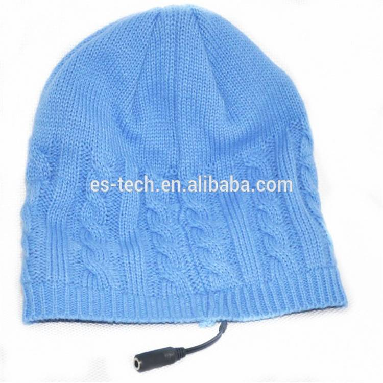 Knitted hat headsets