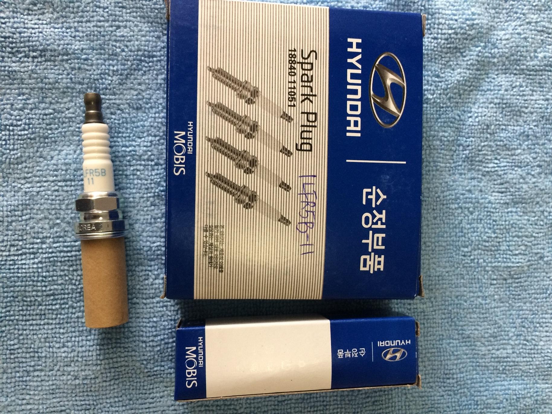 ILFR5B11 Spark Plug for Hyundai Genesis Santa Fe Kia Optima Rondo 18840-11051