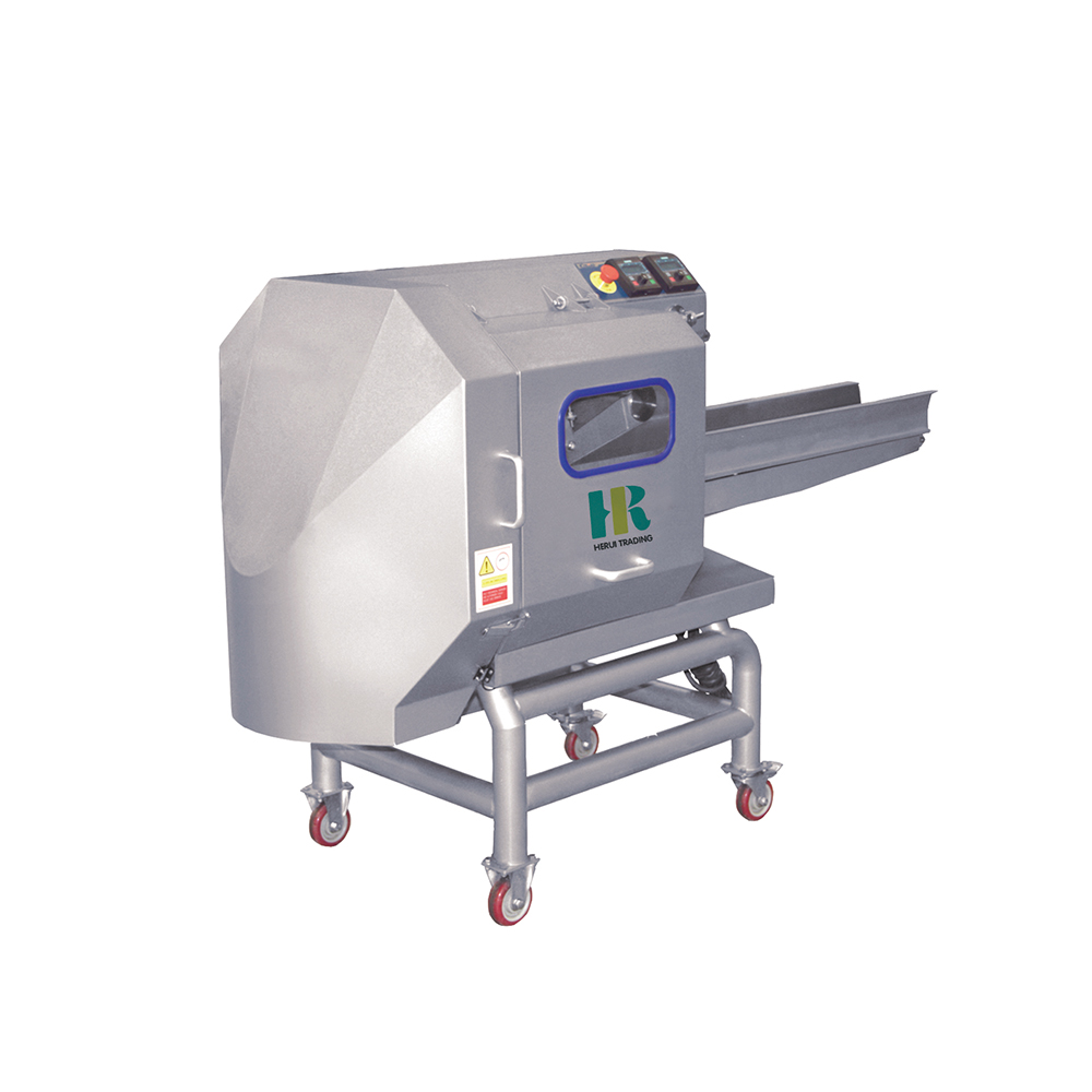 Vegetable cutter machine with blade
