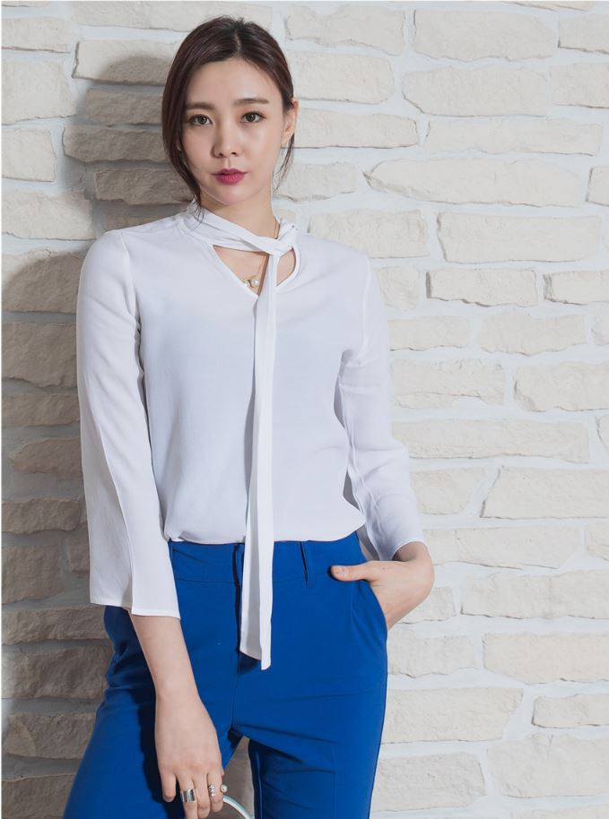 Summer style Office Lady 3/4 Sleeves trumpet blouse with V neck ribbons
