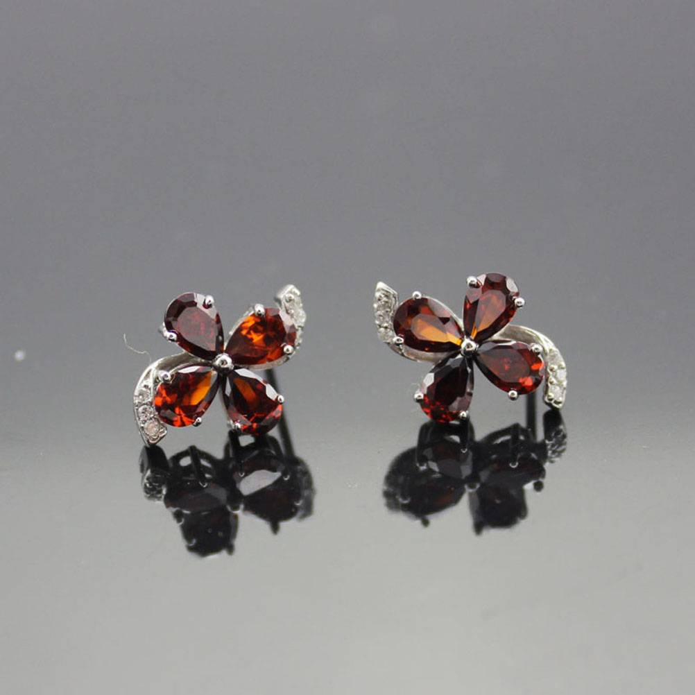 925 Silver Jewelry, Red Cubic Zircon Earrings (E02)