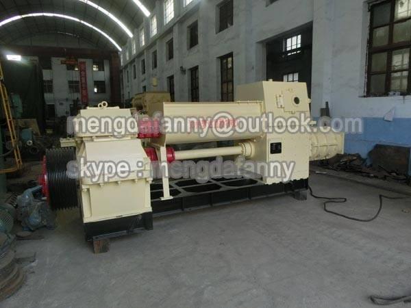 low investment clay / mud vacuum brick making machine