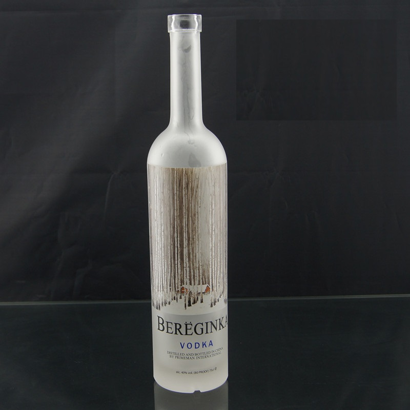 2017 new vodka glass bottles for 1liter