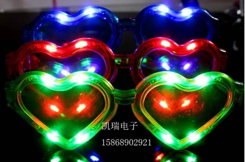 christmas toy LED glasses HEART SHAPE carnival festival holiday supplies party decoration luminous c