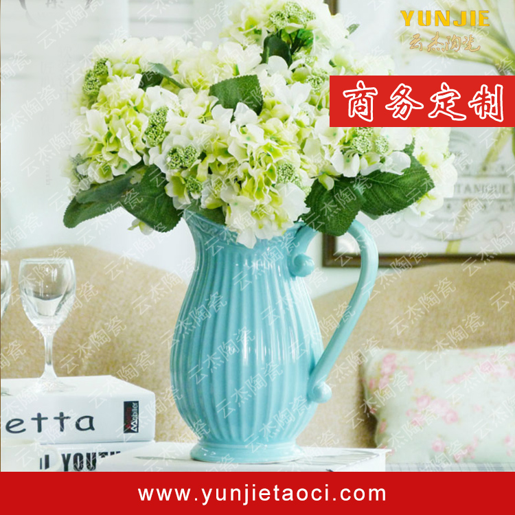 Blue and white porcelain of modern elegant vase