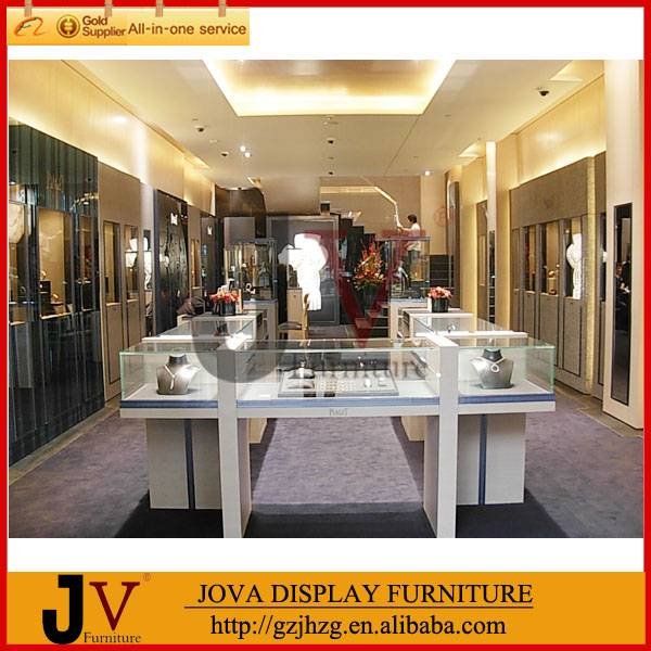 Delicate glass jewelry display table for jewelry retail store