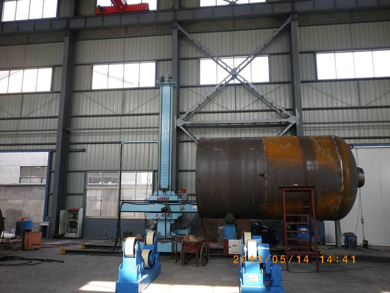 Automatic Column and boom welding manipulator