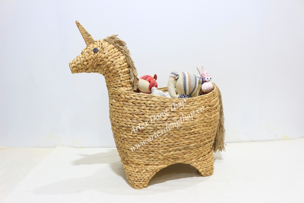 Wholesale customized handmade water hyacinth animal basket-SD1040A-1NA