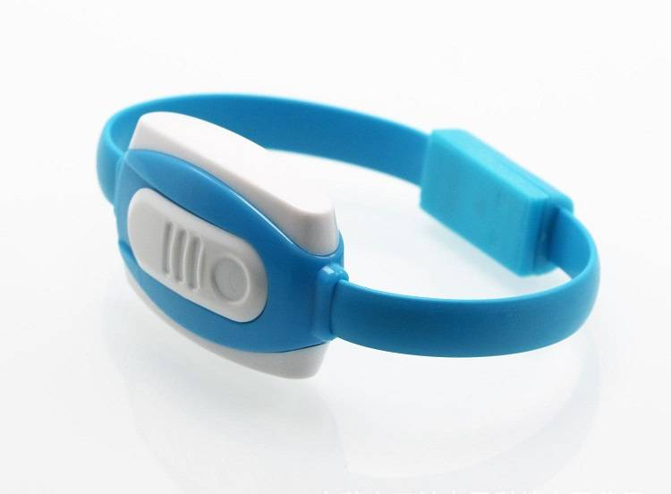Charging Bracelet Cable with Cigarette Lighting Function