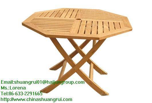Leisure table