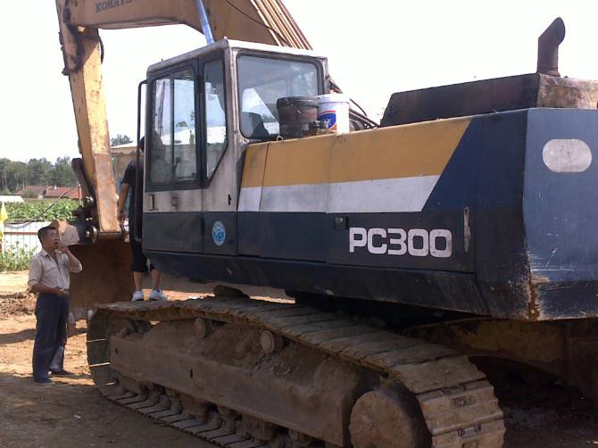 Used Crawler Excavators Komatsu PC 300