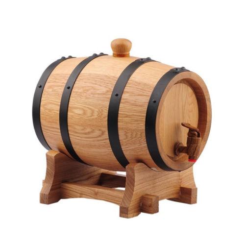 wooden wine barrel/bucket