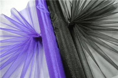 glistening sheer organza flower wrapping