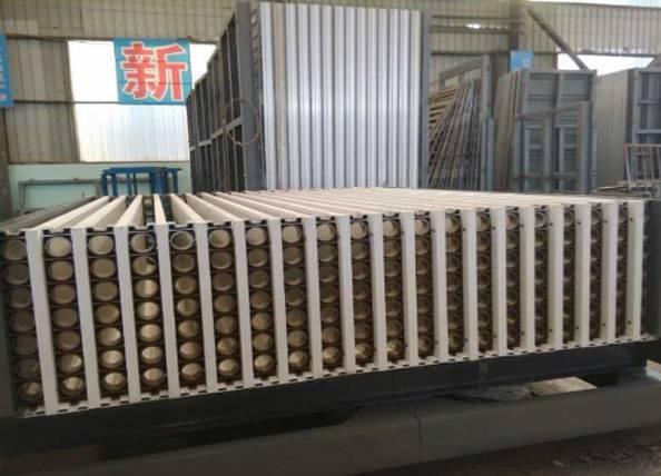 Lightweight partition wall panel machine