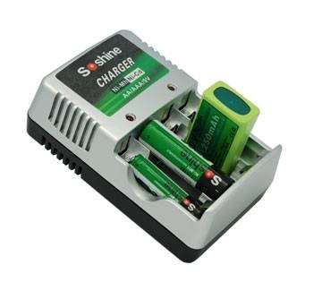 Soshine NI-MH AAA AA 9V Compact Battery Charger