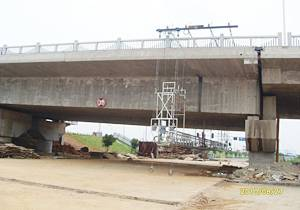Customized Suspended Platform for Highway