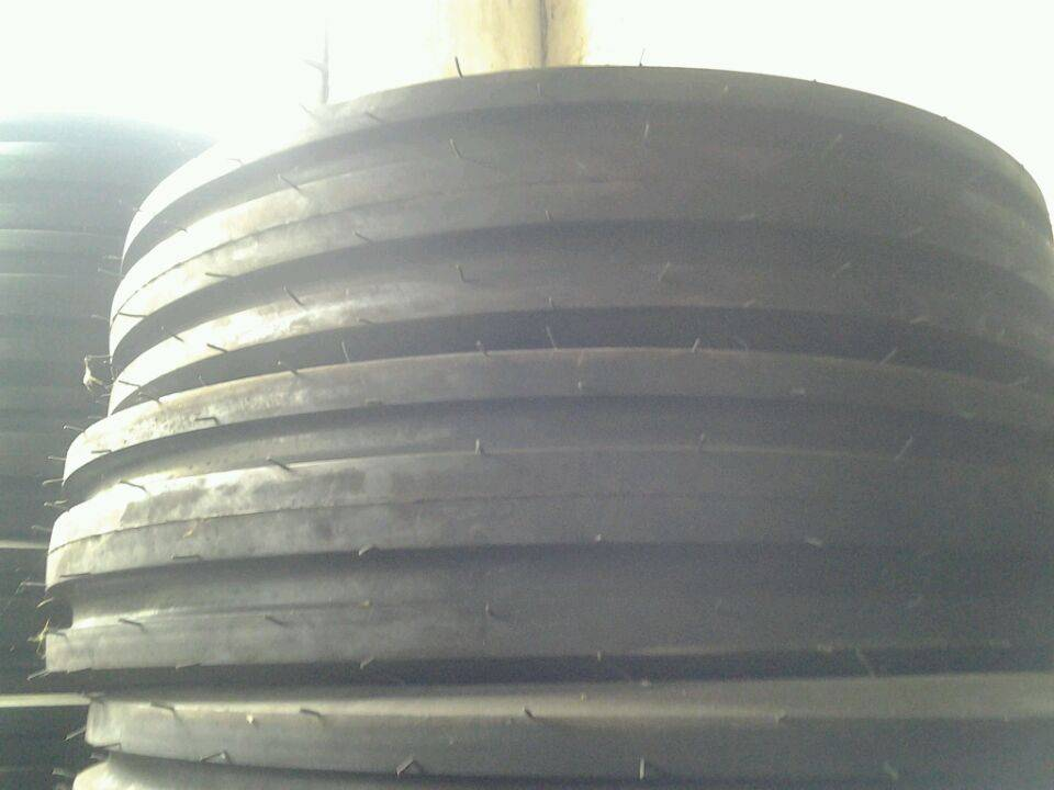 Direction Tyre F -2 Agricultural Tractor Tyre