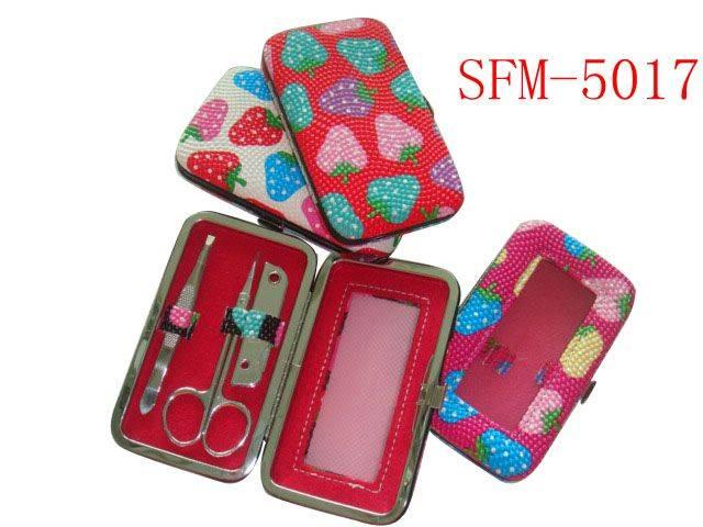 Manicure Pedicure Set ( SFM - 5017 )