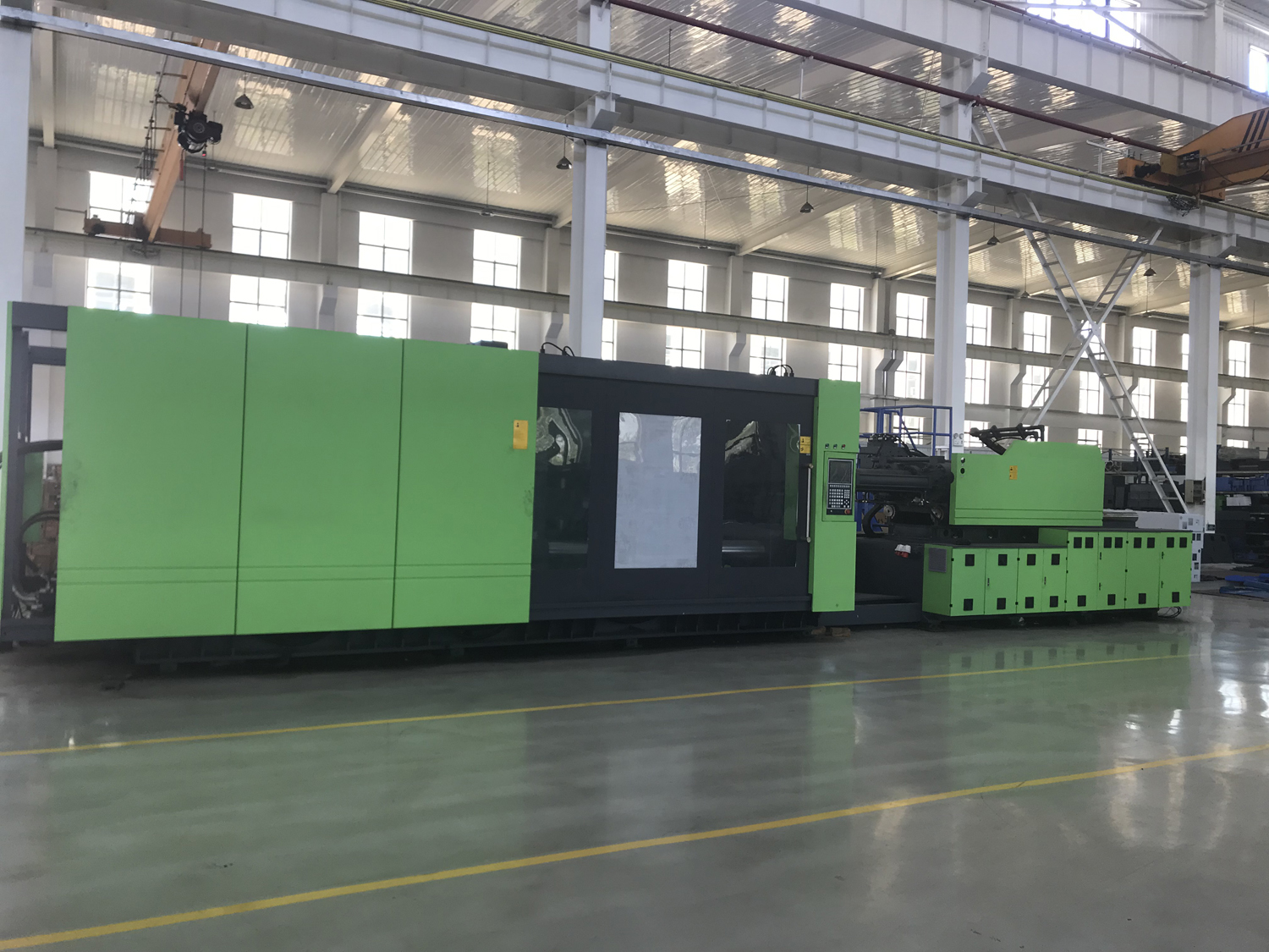 Sunbun China 1500T big injection machine with Japan oil pump high quality injection moulding machine