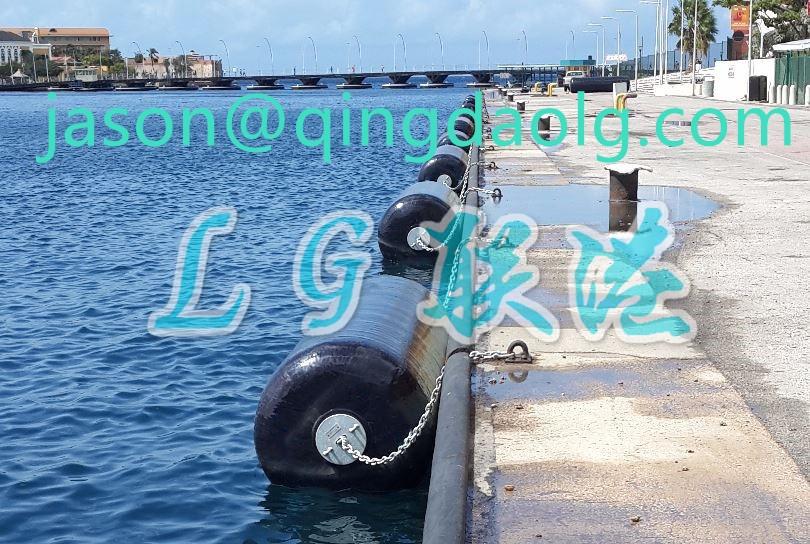 EVA foam filled polyurethane fender for ships and boats