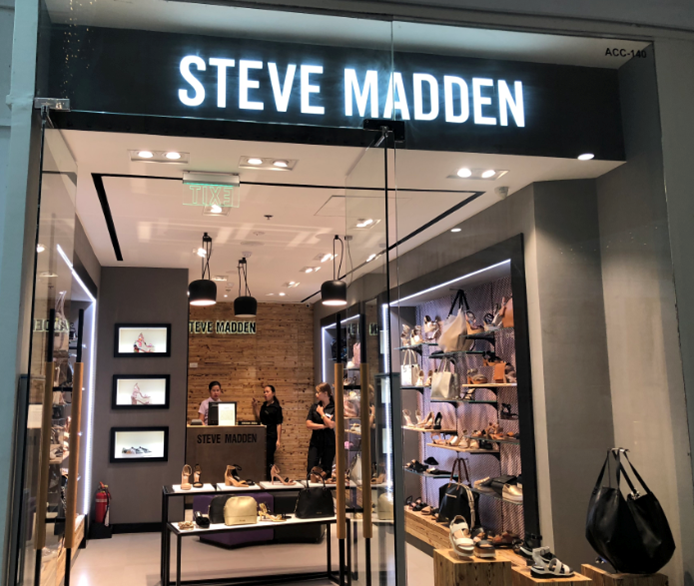 showcase and display for apparel shop for Steve Madden