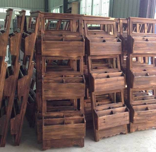 Sell New Design Solid Wood Wall Display Rack/Shelf