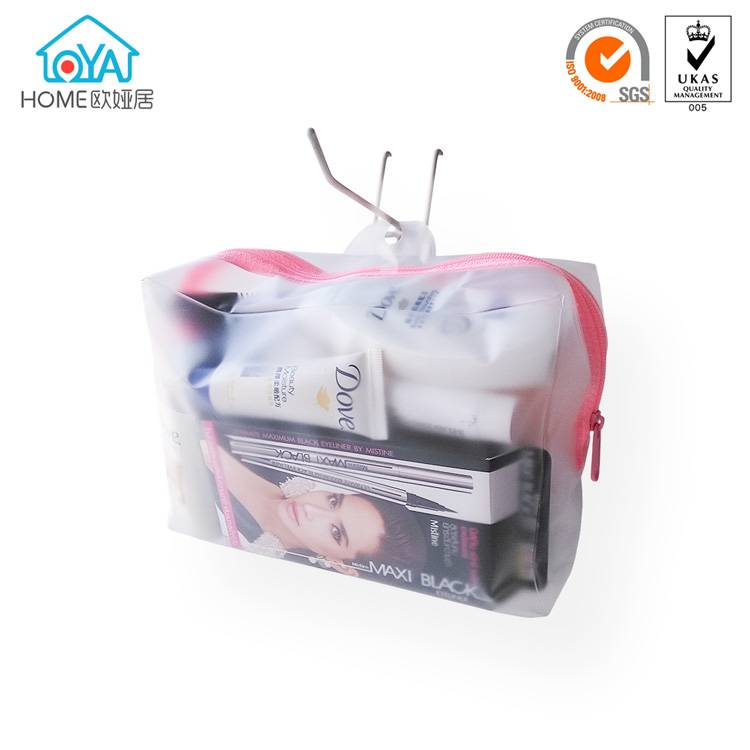 Wholesale Clear hanging zipper Cosmetic Make Up Bag with round holes
