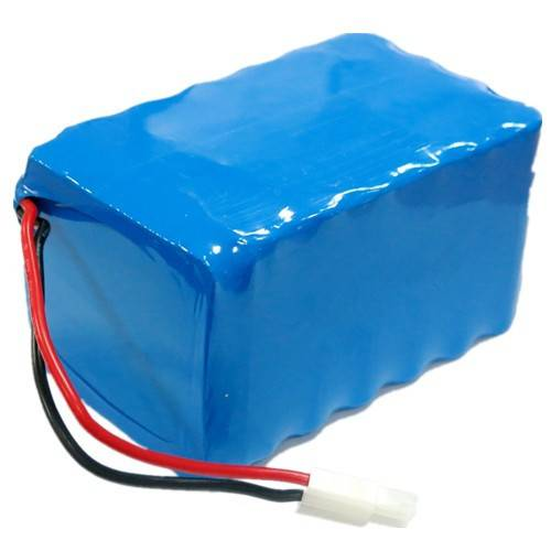 Traction Rechargeable LiFePO4 12V Battery Pack with PCM for Electric Vehicles