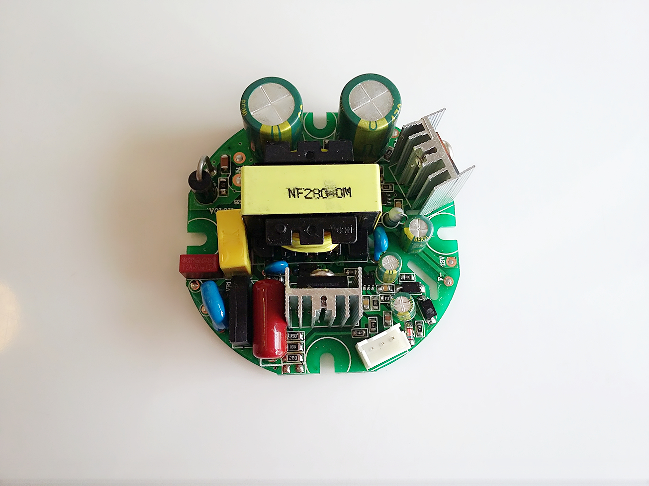 LED down lights drivers with fan circuit dimmable control 40W 680mA PF 0.9, No flicker