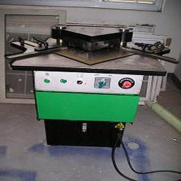 hydraulic cornor notching machine