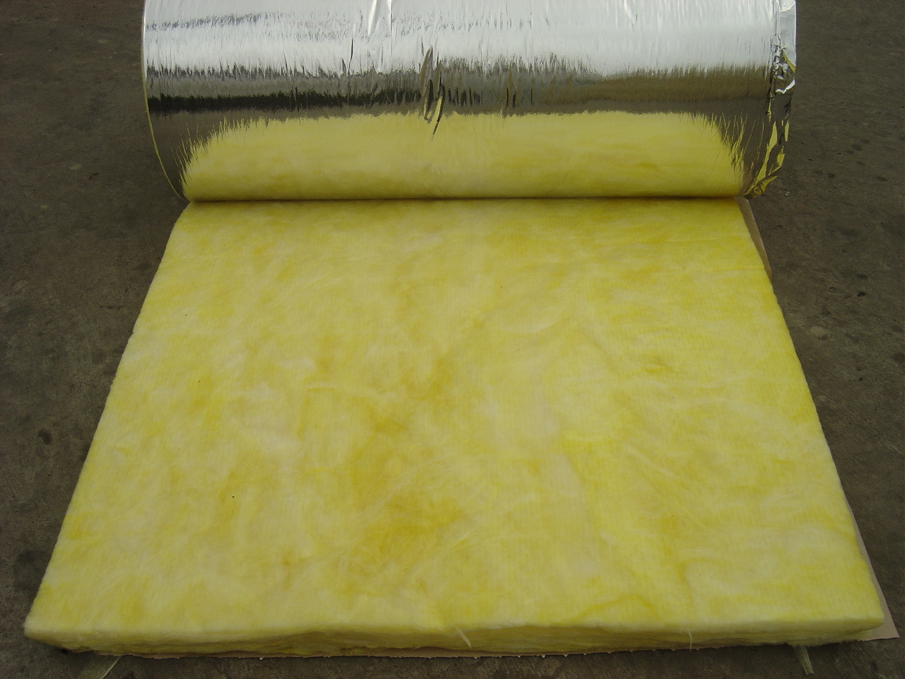 Waterproof Construction Material Glass Wool blanket with Aluminium Foil Price