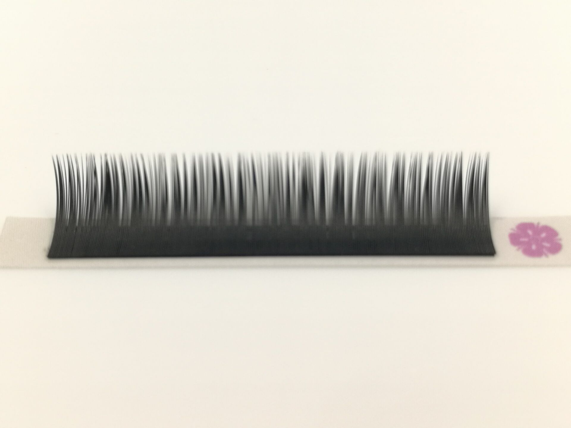 flat eyelash extensions