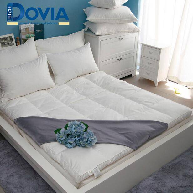 Goose Down/Feather Bed Mattress Topper