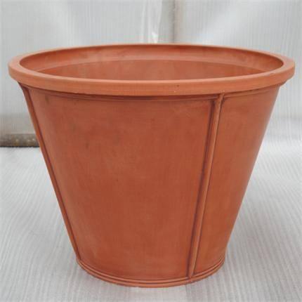 Sculptured Round Flower Pot/ Planter/ Garden pot/ Plant pot