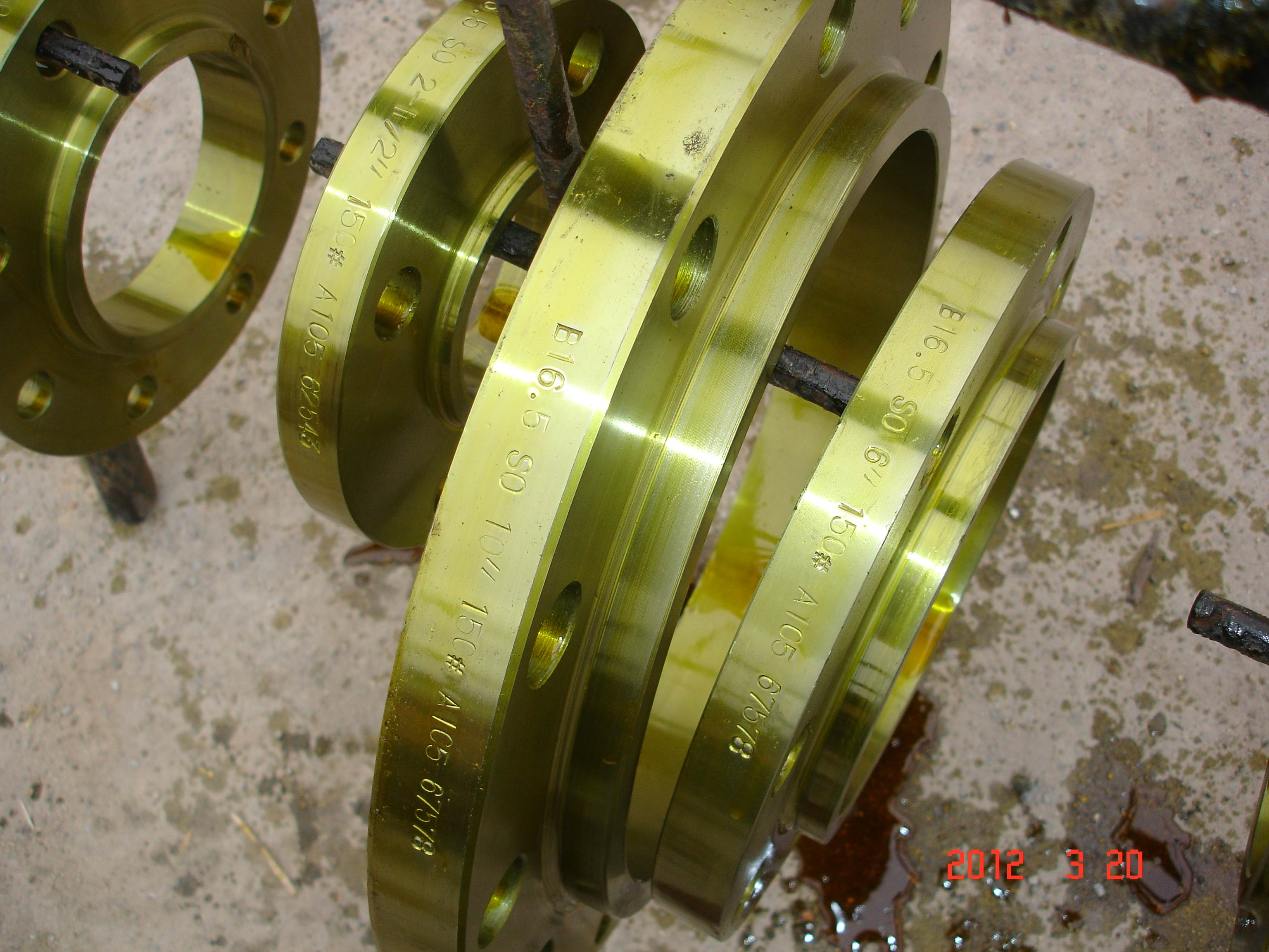Carbon Steel Socket Welding Flange with Yellow Painting