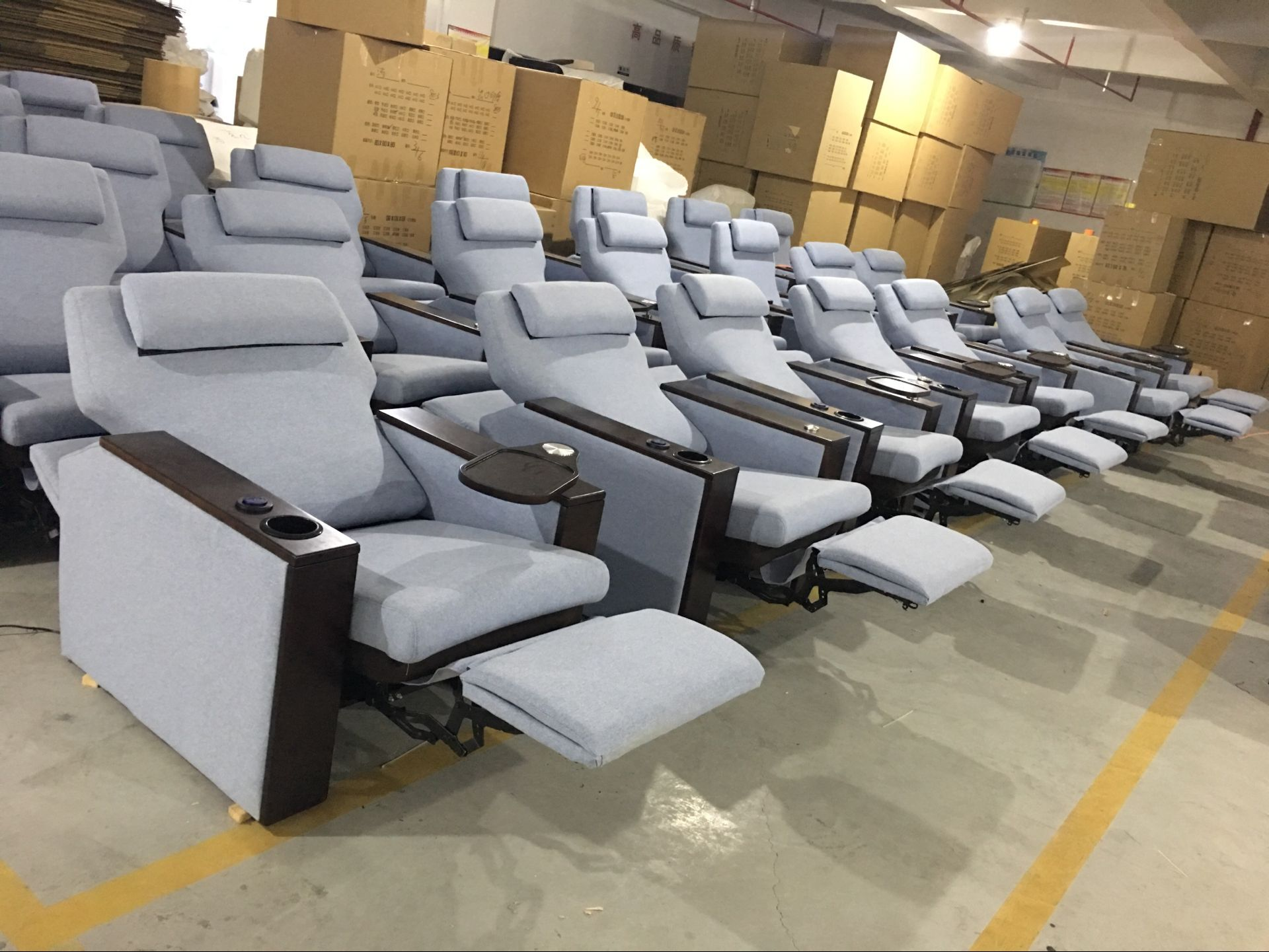Home Theater Seating | Entertainment Chairs | Theater Seat