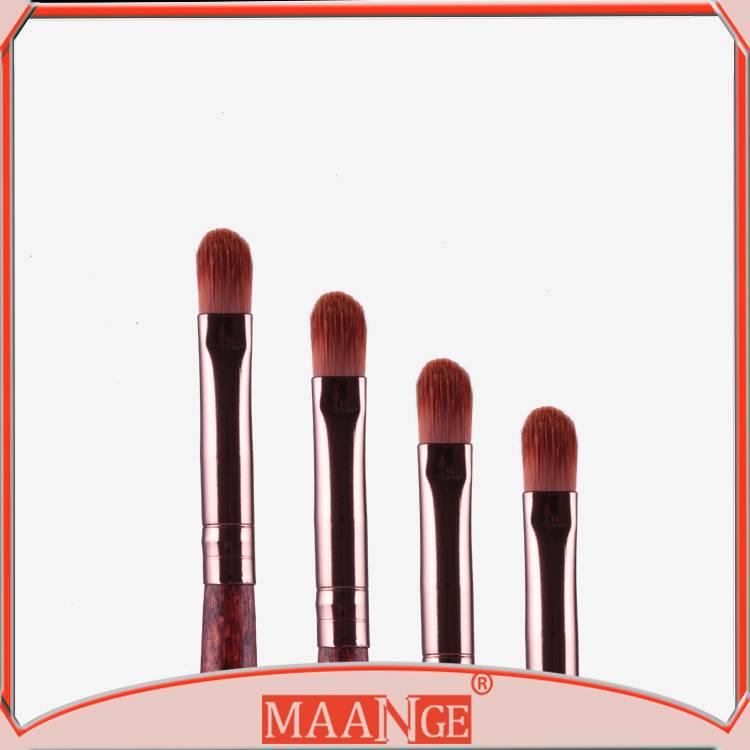 MAANGE soft synthetic hair single eyeliner brush for girls