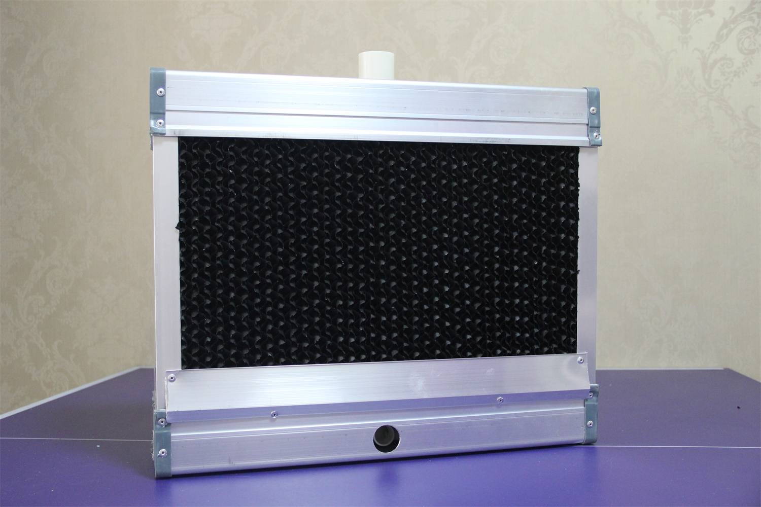 black-coated evaporative cooling pad