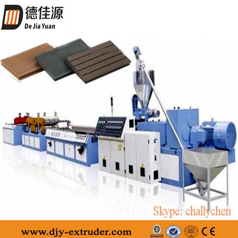 PVC Wood Plastic Foamed Plate/Board Making Machine Production Line