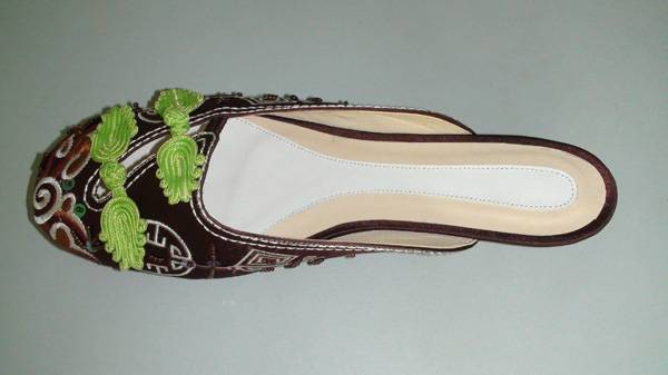 Embroidered Shoes  china shoes  lady sandals