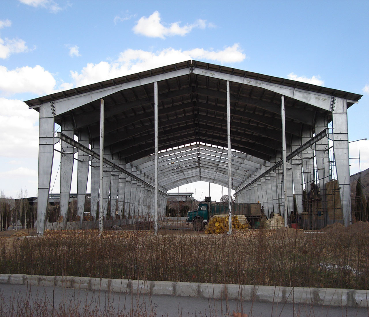 WAREHOUSE METAL STRUCTURE
