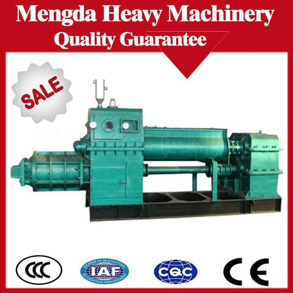 Fully automatic clay /fly ash  vacuum brick machine