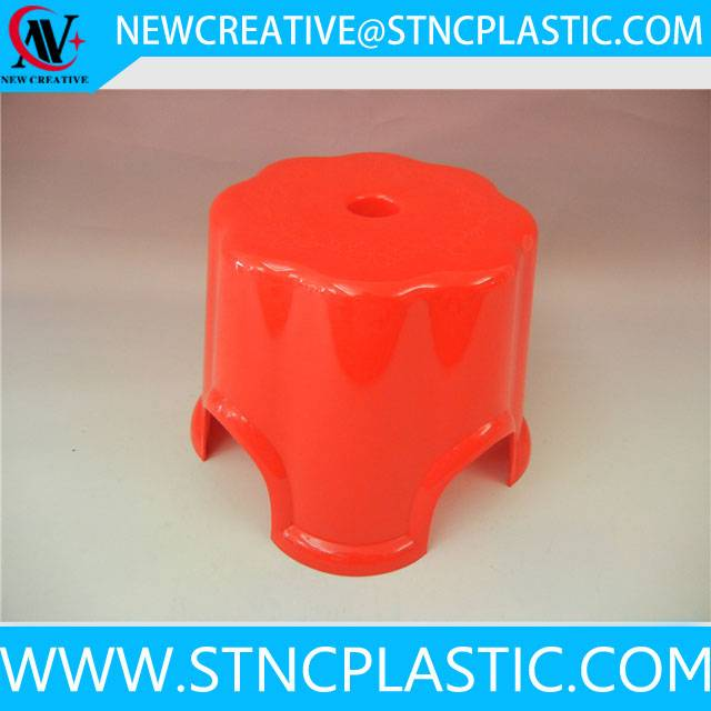 small plastic stool for kids