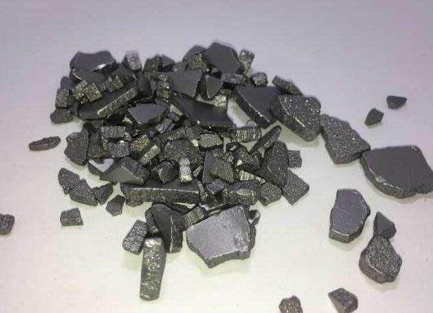 electrolytic iron