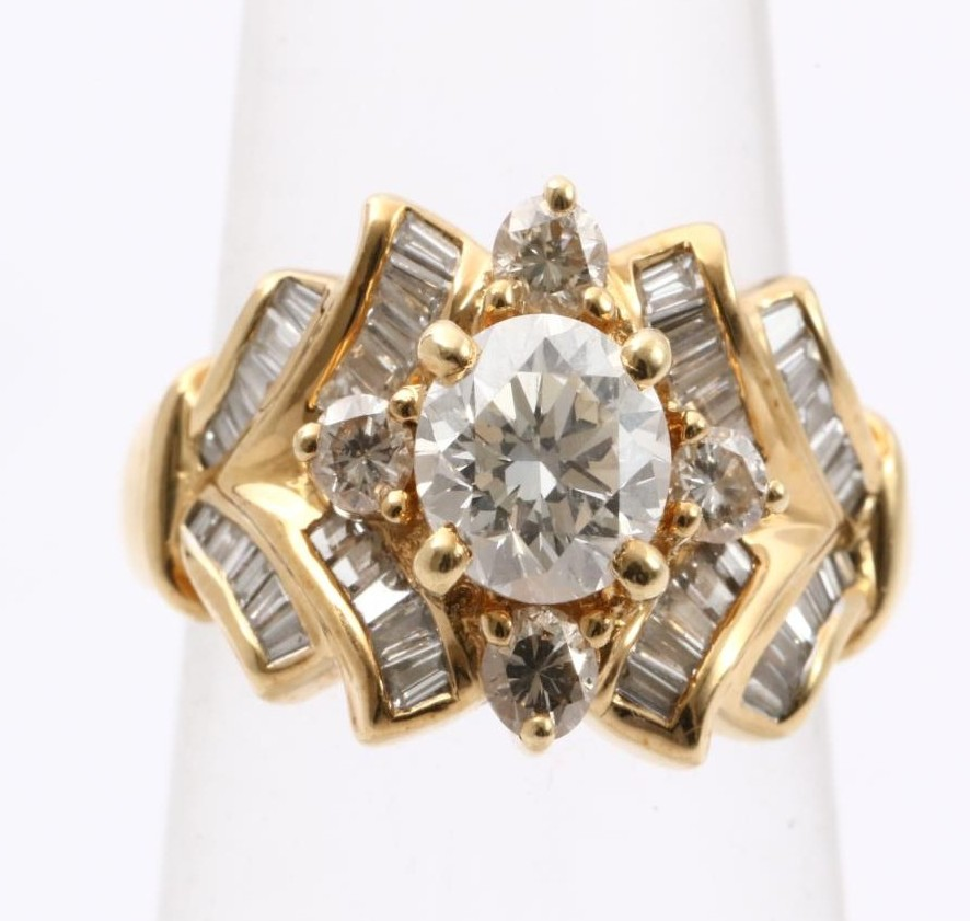High quality Diamond wedding ring at reasonable prices meet customer needs